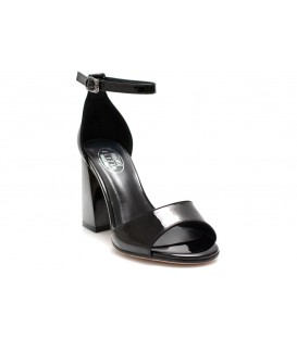Ladies sandals C1068-C217 BLACK PATENT LEATHER